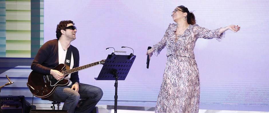 Maria Rita ensaia ao lado do marido Davi Moraes para o Sai do Chão (Fábio Rocha / Gshow)