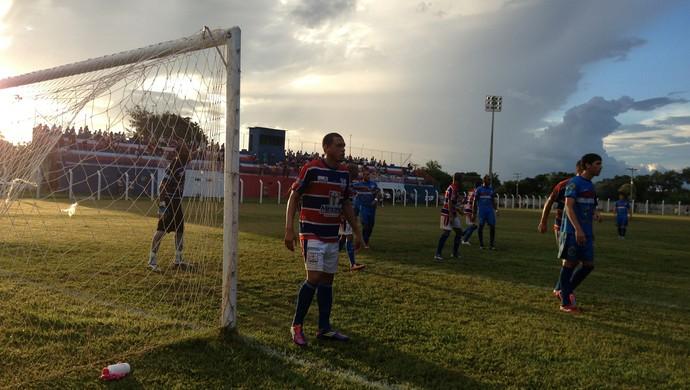 Tocantins vence o Araguaína no estádio Castanheirão (Foto: Vilma Nascimento/GloboEsporte.com)