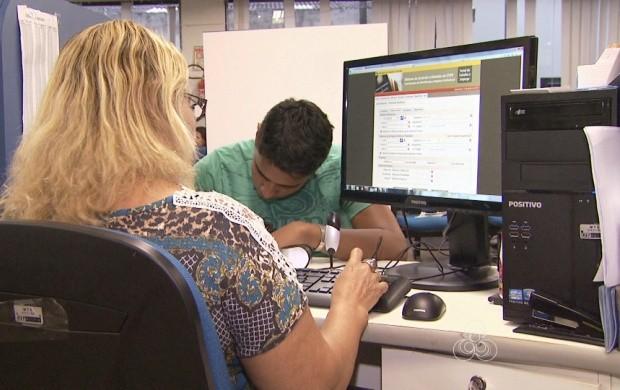 Informatização deve agilizar a emissão da carteira de trabalho (Foto: Bom Dia Amazônia)