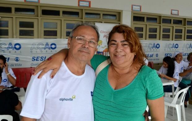 Nediomar Souza e a esposa Ormélia Cordeiro aproveitaram a oportunidade para verificar a própria saúde (Foto: Murilo Lima)