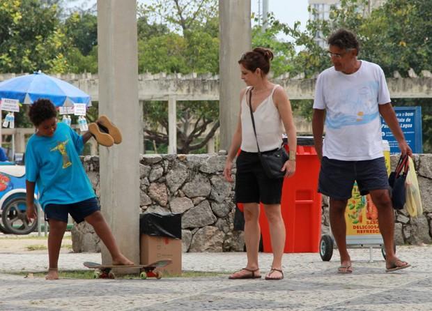 Drica Moraes com o filho, Matheus, e o marido, Fernando (Foto: AgNews)