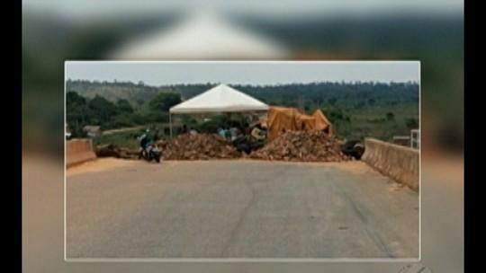 Moradores interditam ponte que liga o Pará ao Tocantins