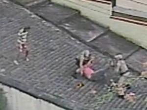 PM afirmou que dono da residência não acatou as ordens policiais (Foto: Reprodução/RBS TV)