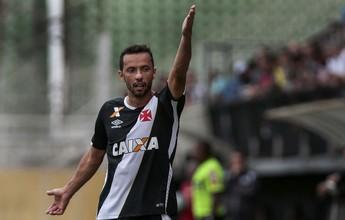 Nenê analisa ano do Vasco, mudança de técnico e garante que fica em 2017