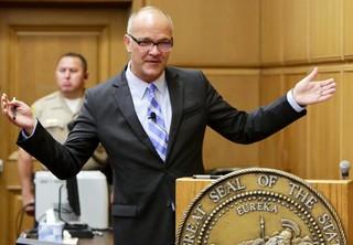 Marvin Putnam, advogado da AEG, faz seus argumentos finais (Foto: POOL / GETTY IMAGES NORTH AMERICA / AFP)