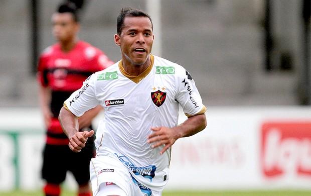 Marcos Aurélio comemoração Sport contra Oeste (Foto: Agência Estado)