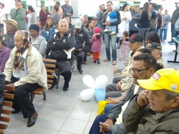 Campanha de vacinação contra a gripe comçou neste sábado com dia D (Foto: José Aparecido/TV Morena)