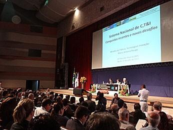 Conferência do ministro Raupp na SBPC (Foto: Katherine Coutinho / G1)