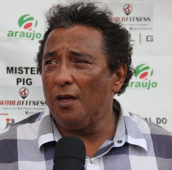 Carlinhos Farias, gestor de futebol do Rio Branco (Foto: João Paulo Maia)