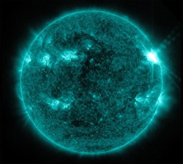 Imagem do Sol capturada por um instrumento a bordo do satélite SDO, da Nasa, em 13 de março de 2012 (Foto: NASA)
