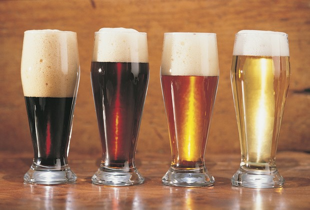 Os brasileiros consomem quase 13 bilhões de litros de cerveja por ano (Foto: Stock Photos)