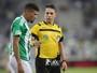 Zagueiro Juninho leva terceiro amarelo e desfalca o Coritiba contra o Prude