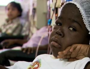 Caio, torcedor do Bahia, luta pela vida e precisa de transplante de rim (Foto: Reprodução SporTV)
