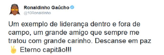 Ronaldinho Gaúcho Carlos Alberto Torres (Foto: Reprodução/Twitter)