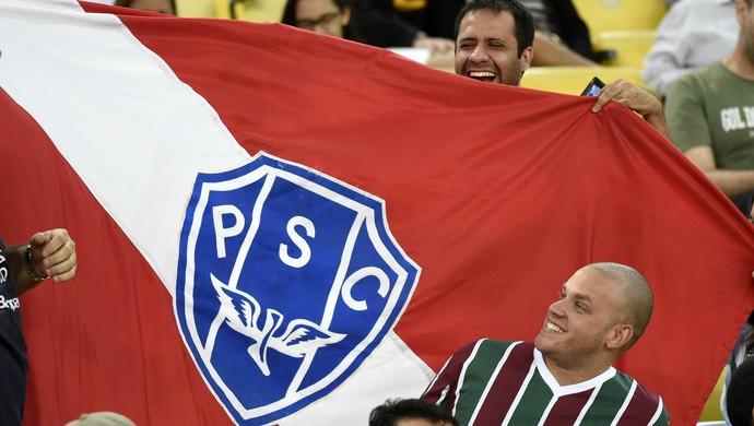 Torcedor do Paysandu e Fluminense (Foto: André Durão)