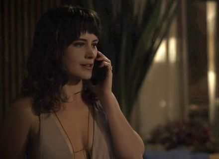 Clara convida Samuel para visitar sua casa