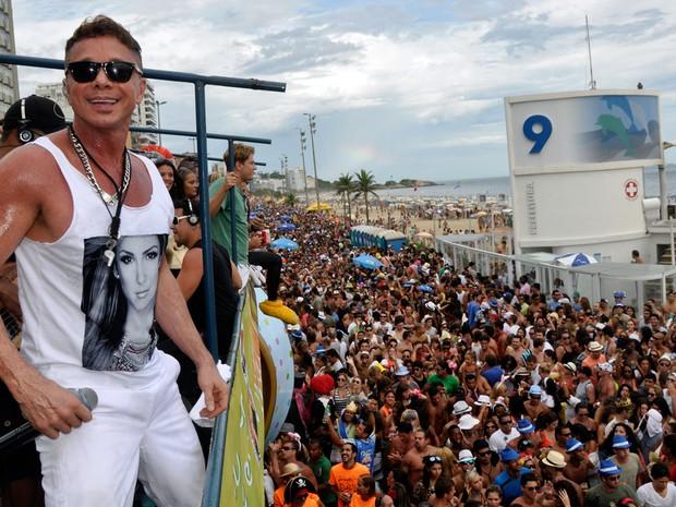 Consagrado como um dos maiores 'puxadores' de trio, Netinho sempre fez a festa de foliões por todo o país (Foto: Divulgação)