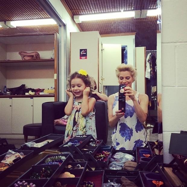 Leticia Spiller com a filha Stella (Foto: Instagram / Reprodução)