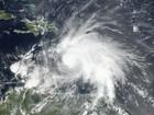 Furacão Matthew é rebaixado para categoria 4 no Caribe