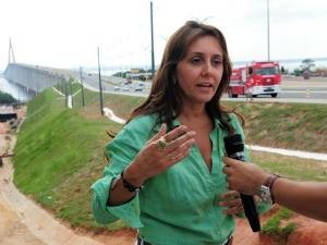 Diretora-presidente do Detran/AM, Mônica Melo, afirma que motociclistas sem capacete serão autuados (Foto: Alfredo Fernandes/Agecom)