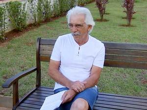 Empresário aposentado, Orlando Tomaz descobriu que tinha câncer de próstata após ficar 3 anos sem ir ao médico (Foto: Reprodução EPTV)