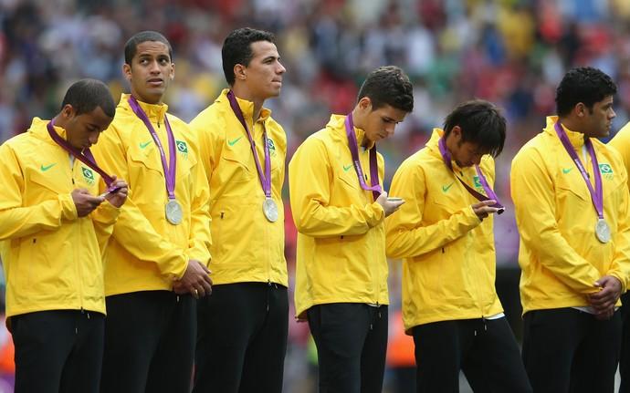 Lucas medalha de prata Olimpíada 2012 Brasil (Foto: Getty Images)