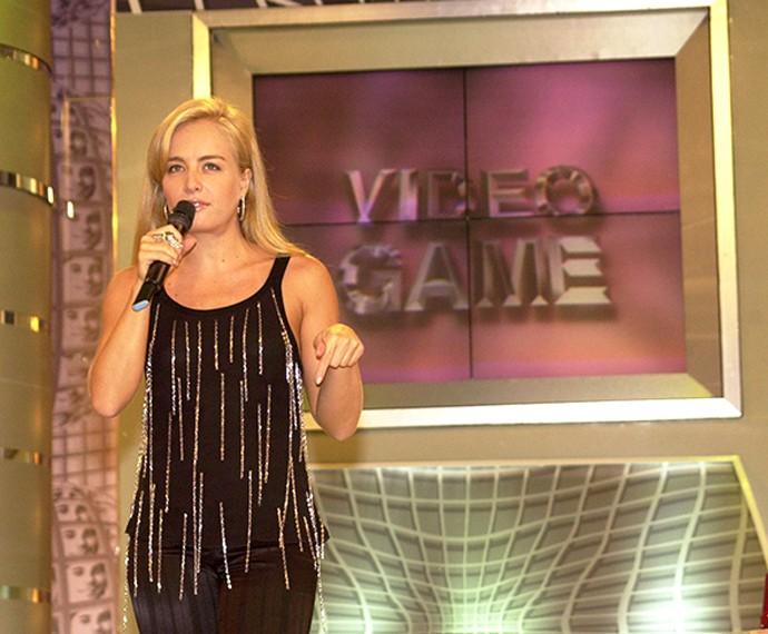 No 'Vídeo Game', Angélica recebia convidados especiais no palco do 'Vídeo Show' (Foto: Globo/João Miguel Júnior)