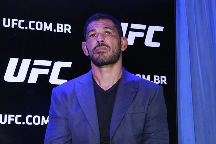 Rodrigo Minotauro coletiva UFC (Foto: Adriano Albuquerque)