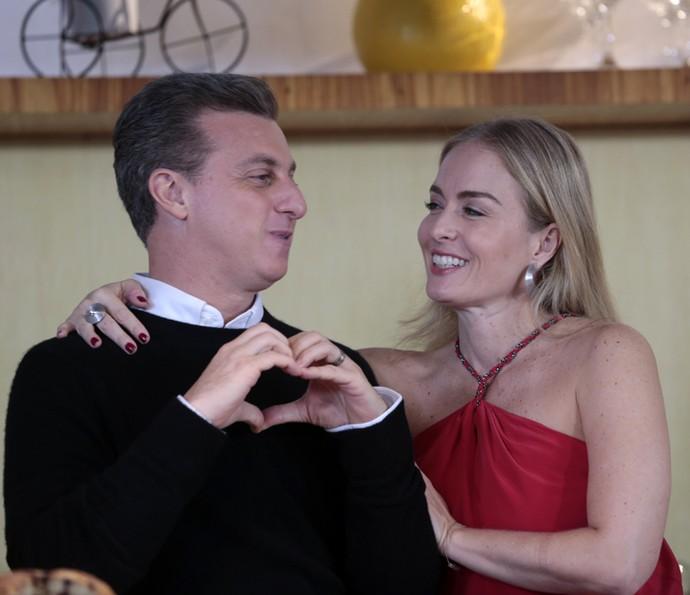 Luciano Huck e Angélica celebram sucesso do casal (Foto: Fábio Rocha/Gshow)