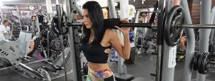 Mamãe fitness muda de vida com musculação e dá dicas na internet (Matheus Henrique)