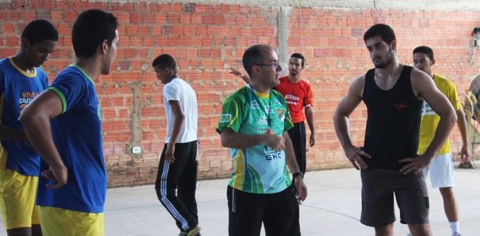 Giuliano Ramos, treinador do CAIC Balduíno (Foto: Josiel Martins )