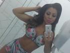 Namorada de Thammy Miranda posa nua, só com o corpo pintado