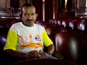 Funcionário mais antigo do 7 de Setembro, Luis Egno (Foto: Jonathan Lins/G1)