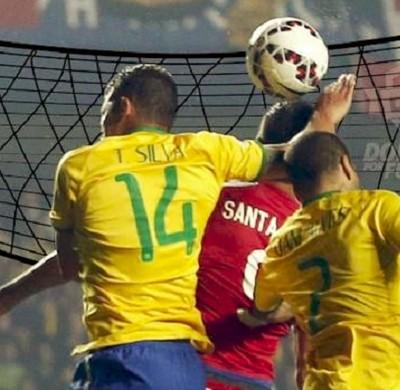 Thiago Silva vôlei (Foto: Reprodução Twitter)