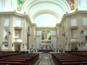 Igreja matriz em Batatais abriga maior acervo sacro de Portinari (Foto: Antônio Luiz/EPTV)