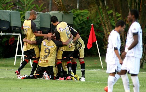 Elton vitória gol abc série b (Foto: Edson Ruiz / Agência Estado)