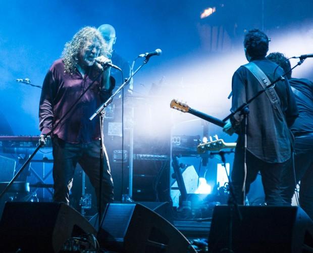 Superconcentrado, Robert Plant se entregou ao show no Lolla (Foto: Felipe Monteiro/Gshow)