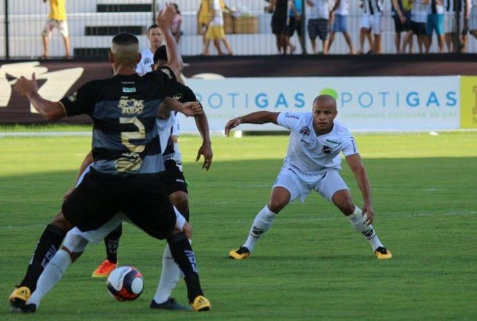 ABC - Anderson Pedra, volante (Foto: Andrei Torres/ABC FC/Divulgação)
