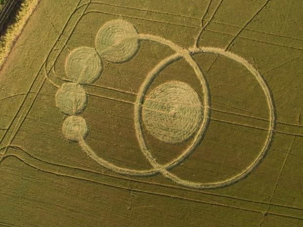 Imagem aérea do agroglifo em Prudentópolis (Foto: Novelo Filmes)