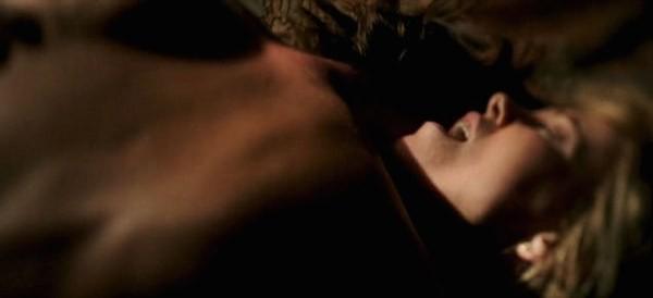 Charlize Theron e Javier Bardem em cena de The Last Face (Foto: Reprodução)