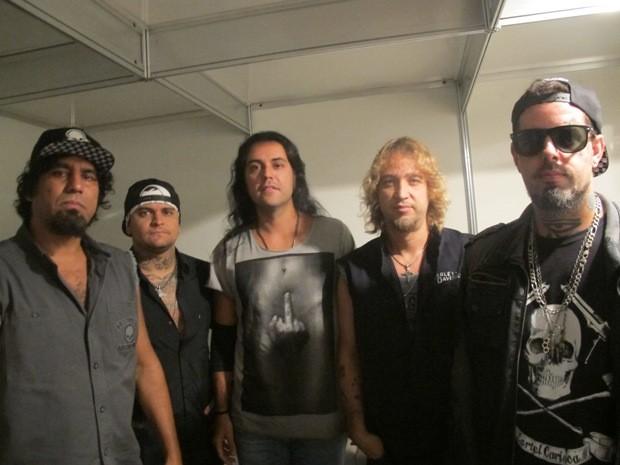 Banda Detonautas se apresentou em festival de Santos, SP (Foto: Guilherme Lucio/G1)