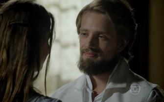 Felipe garante a Lívia que Vitória vai perdoá-los