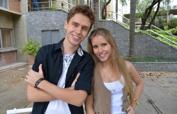 Irmãos Bruno e Camila formam a única dupla classificada no 'The Voice Brasil' (Foto: Globo.com/Rodrigo Maia)