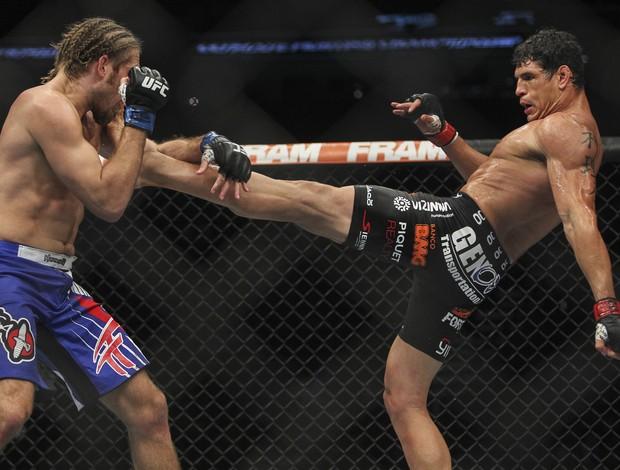 Cezar Mutante vs. Andrew Craig UFC (Foto: Reuters)