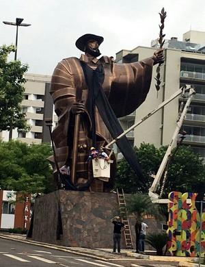 faixa de luto desbravador chapecó (Foto: GloboEsporte.com)