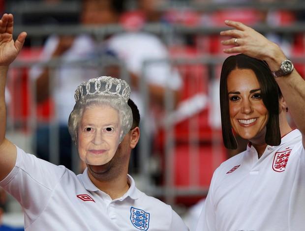 Homeganem Rainha Elizabeth Inglaterra (Foto: Reuters)
