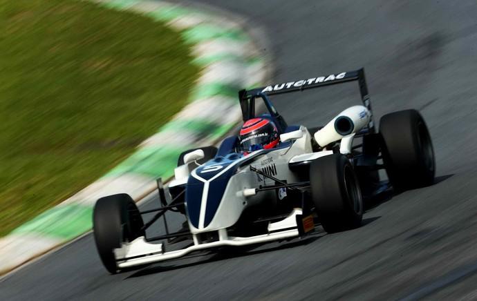 Pedro Piquet vence novamente na F3 Brasil (Foto: Luca Bassani / Divulgação)