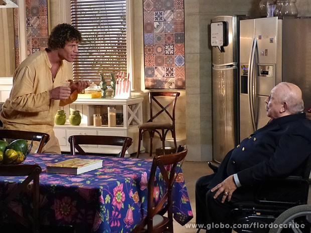 Candinho tenta ser simpático e é escurraçado por Dionísio (Foto: TV Globo / Divulgação)