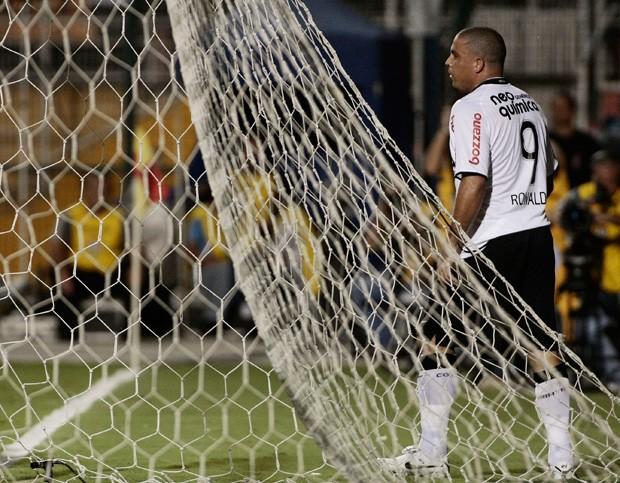 No Corinthians, Ronaldo foi campeão da Copa do Brasil e do Campeonato Paulista (Foto: LatinContent/STR/Getty Images)