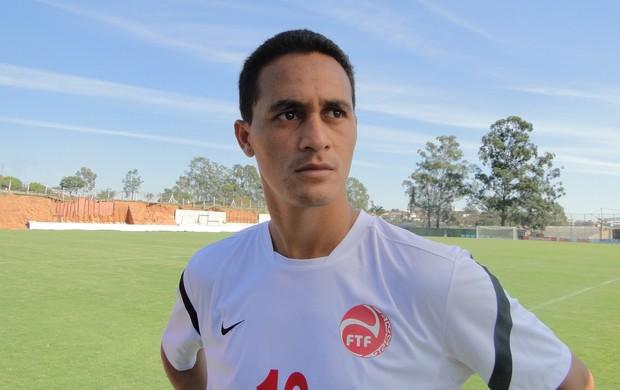 Edson Lamaire é o lateral-esquerdo do Taiti (Foto: Valeska Silva / Globoesporte.com)